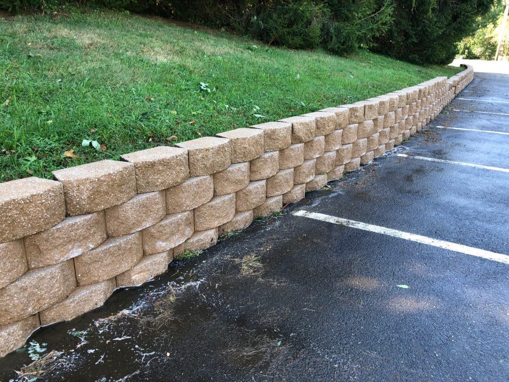retaining-wall-power-washing-after